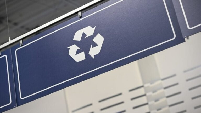 Best Buy customers are part of the solution to e-waste