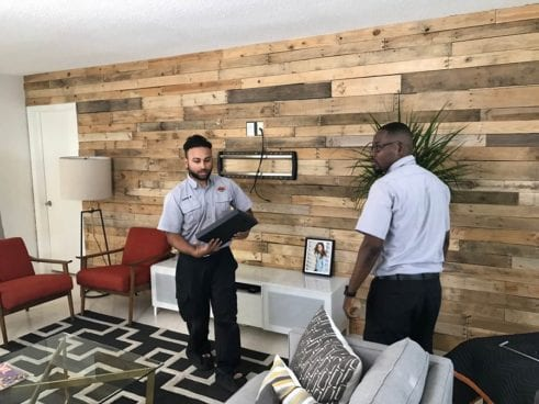 Best Buy Tech Experts Offer Smart Solutions in 'Designing Spaces' episode