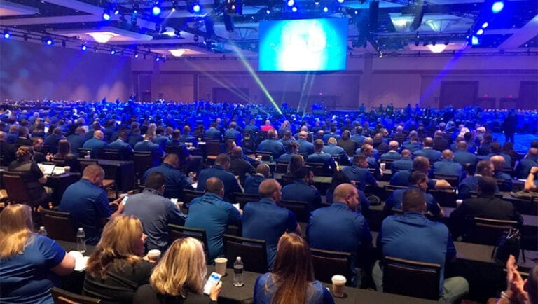 Best Buy leaders gather to prep for holiday season