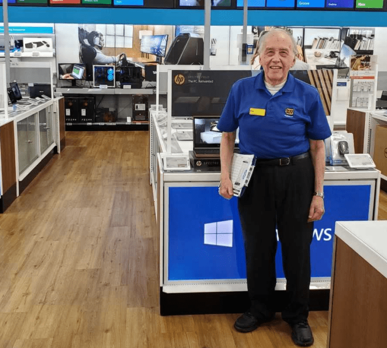 Best Buy's Oldest Employee Wants to Say Thank You – in 26 languages