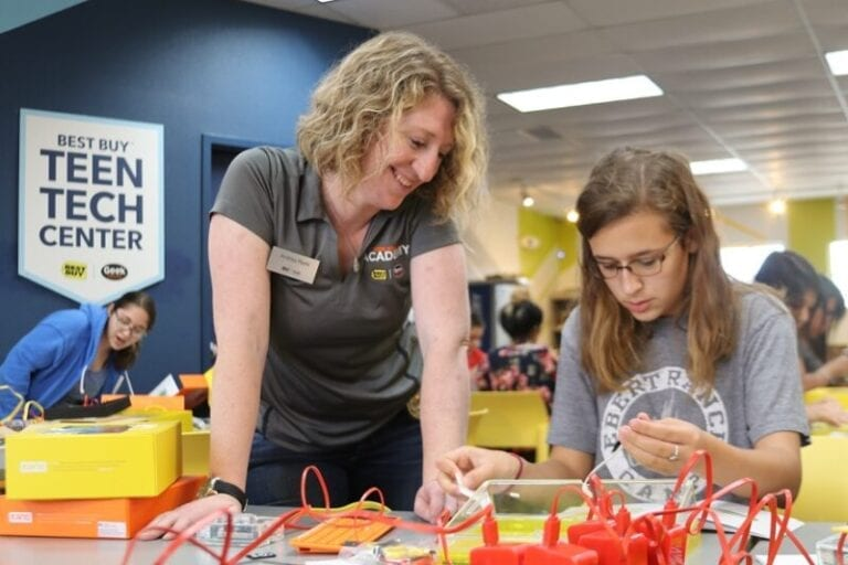 Best Buy Making Major Investment in Teen Tech Programs