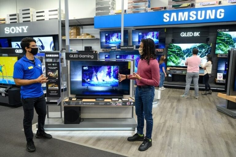 How Best Buy is providing a safe holiday shopping experience