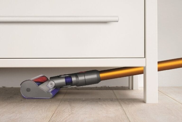 Holiday Cleaning Tips, Courtesy of a Dyson Engineer
