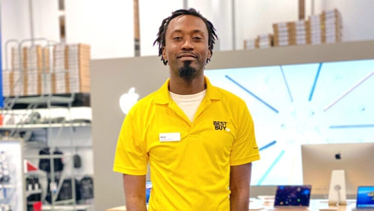 Florida Best Buy employee becomes a 'Top Voice' on LinkedIn