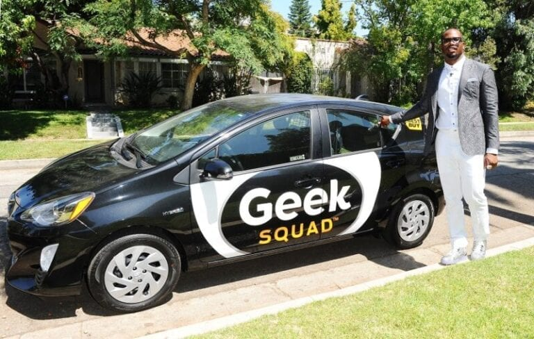 Deputy Agent Von Miller Tackles More Geek Squad House Calls