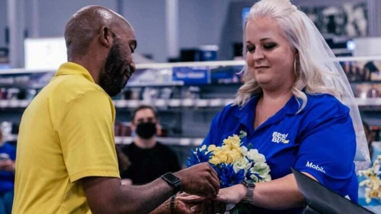 Something Borrowed, Lots Of Blue: Best Buy Veterans Say 'I Do'